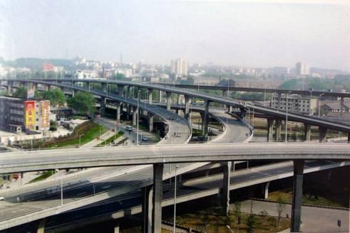 南京市赛虹桥立交枢纽路灯工程 (1)